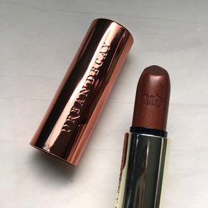 Urban Decay metallized Lipstick in Scorched